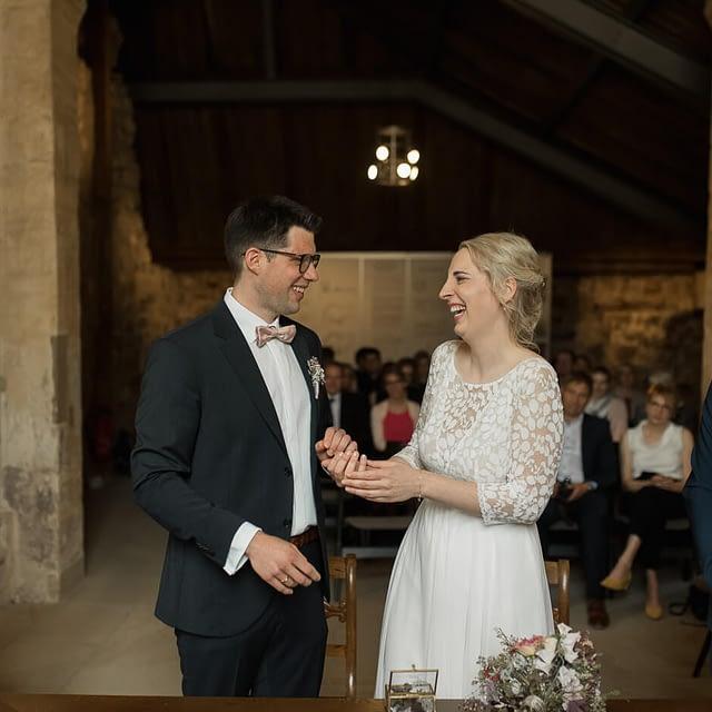 Brautpaar Hochzeit in Katharinenkapelle in Bamberg vor Standesamt